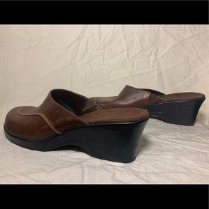 Clark's brown mule/clog